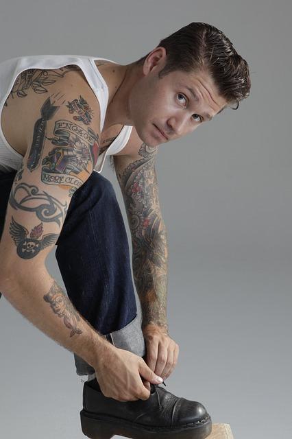 tattoos-421711_640