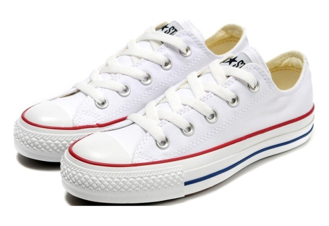 converse-shoes-white-chuck-taylor-all-star-classic-womens-mens-canvas-lo-sneakers-2039-1