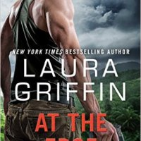 At the Edge: Alpha Crew by Laura Griffin #BookReview #mgtab @Laura_Griff