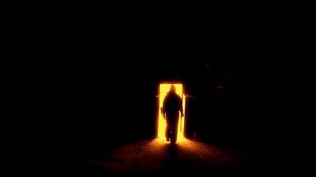 human-silhouette-1725041_640