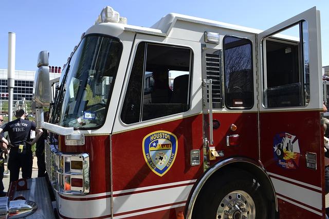 houston-fire-department-3226063_640