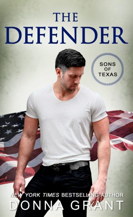 The Defender by Donna Grant #NewRelease #RomSuspense @InkSlingerPR