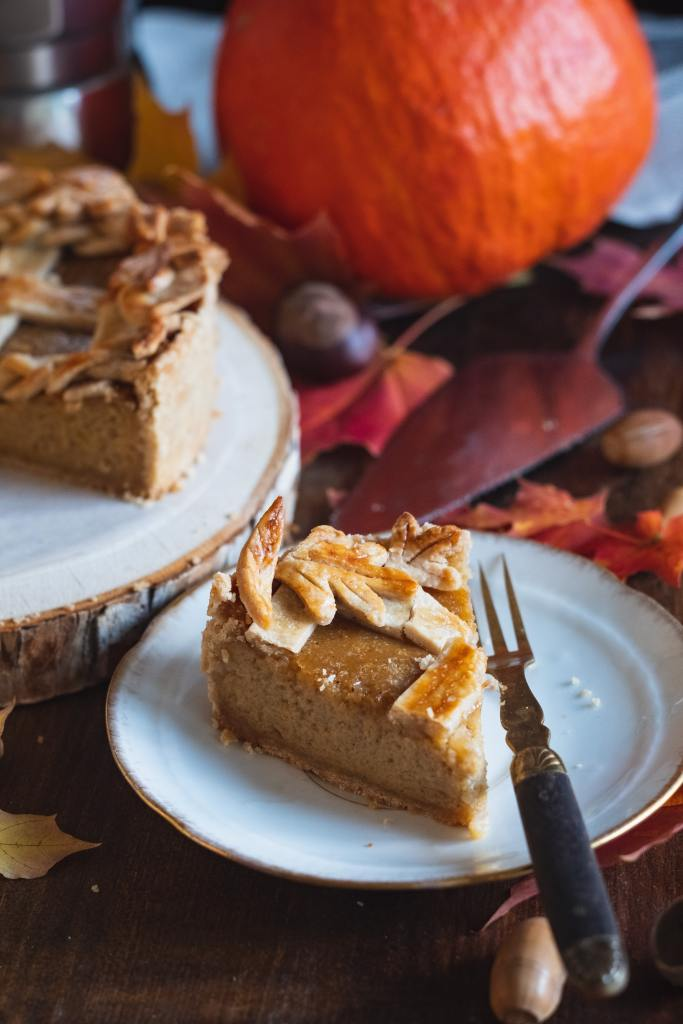 """Bestselling author Sharon Wray discusses pumpkin pie and the famous Thanksgiving poem that begins with """"over the river and through the woods..."""""""
